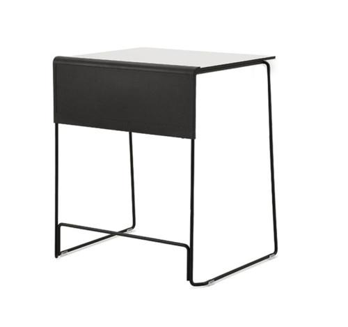 Qliq-tafel-met-stoel-wit